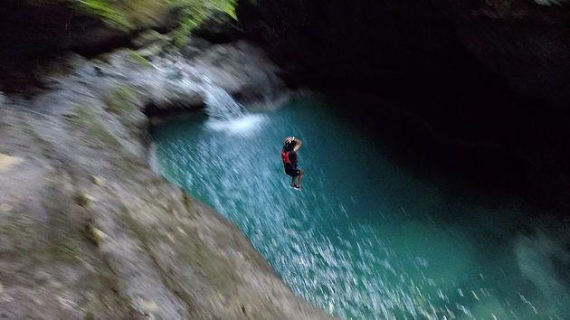 que faire aux philippines cebu canyoning
