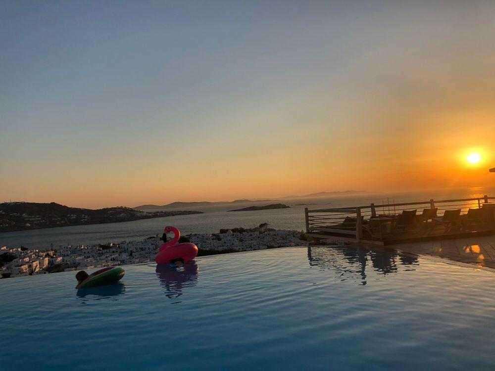 piscine rooftop mykonos