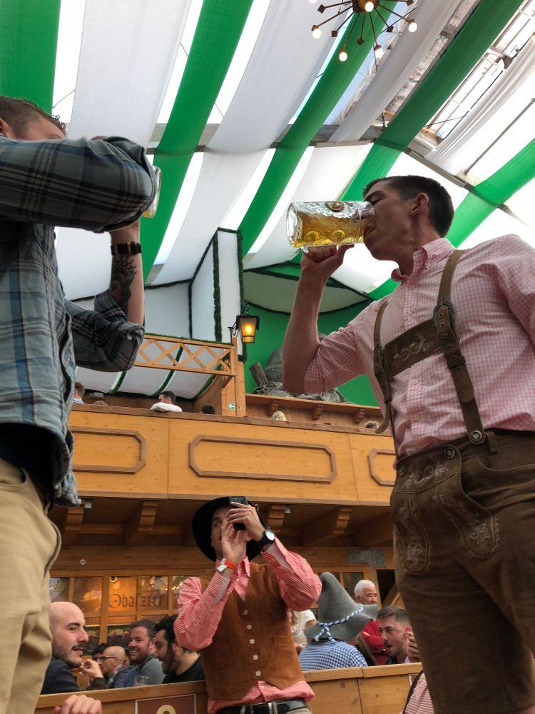 oktoberfest bière cul sec
