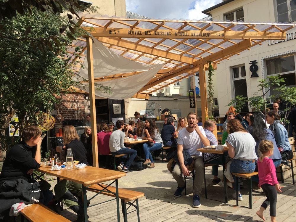grands voisins insolite paris bar