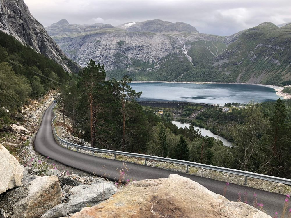 trolltunga route norvège