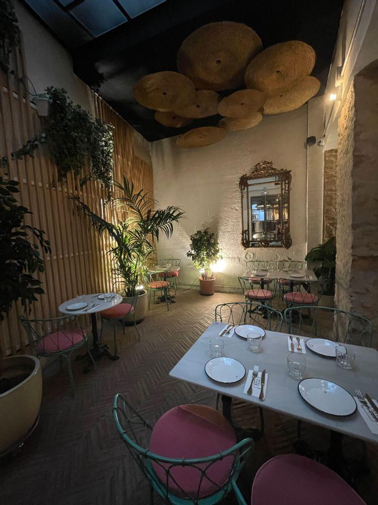torres y garcia restaurant à Séville déco industrielle