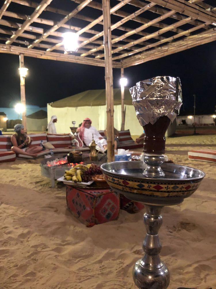 Dubai désert chicha expérience insolite