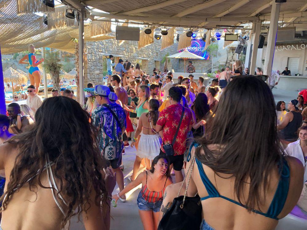 paradise beach club mykonos où sortir