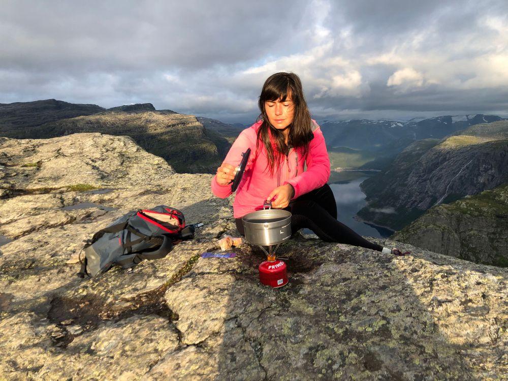 Randonnée Trolltunga Fjord Petit-déjeuner