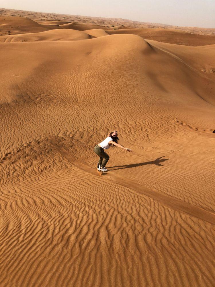 surf de sable sandsurf Dubai désert insolite