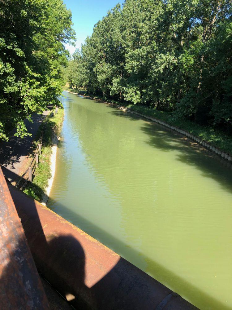 bourgogne balade en vélo dijon pont canal