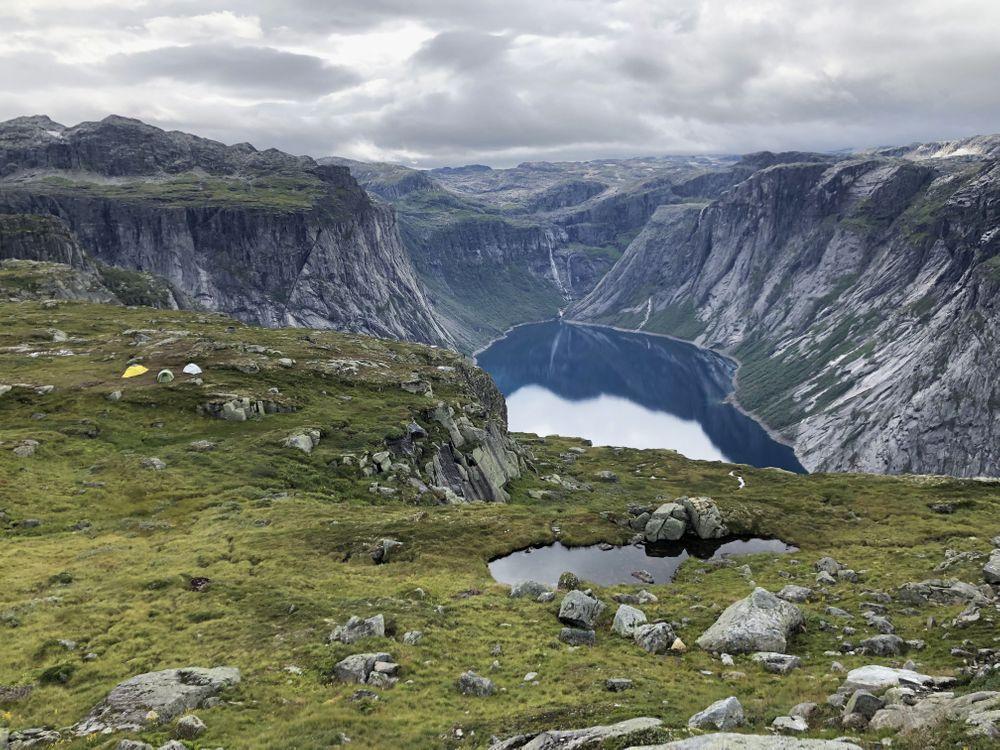 fjord norvège trolltunga randonnée