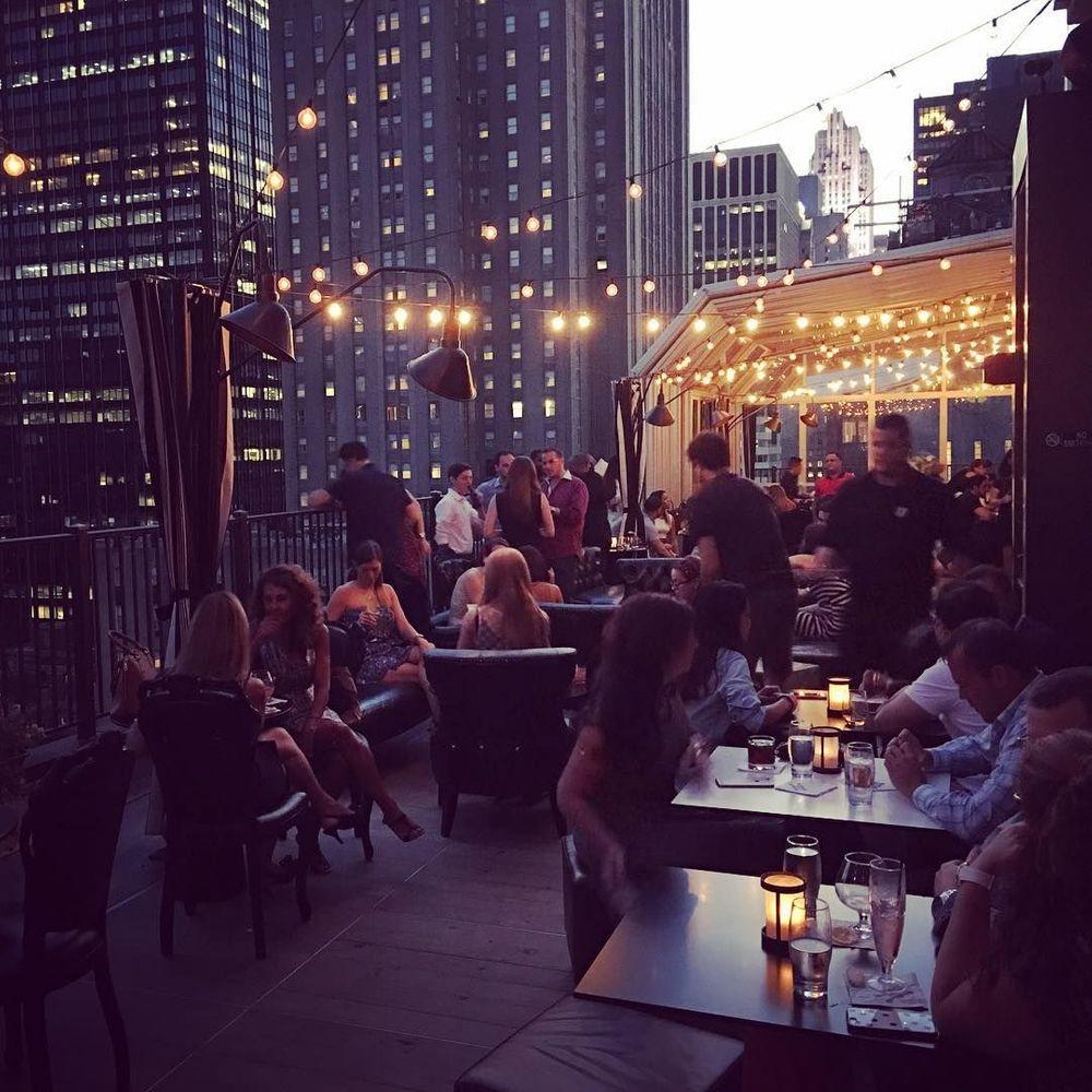 new york upstairs bar