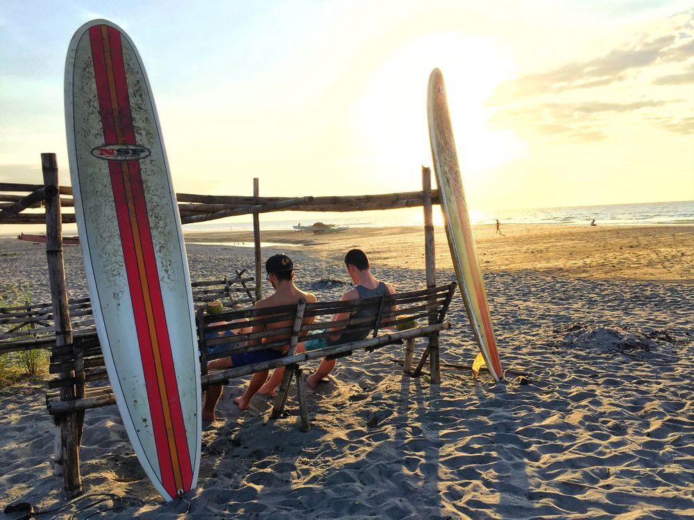 que faire aux philippines surf zambales